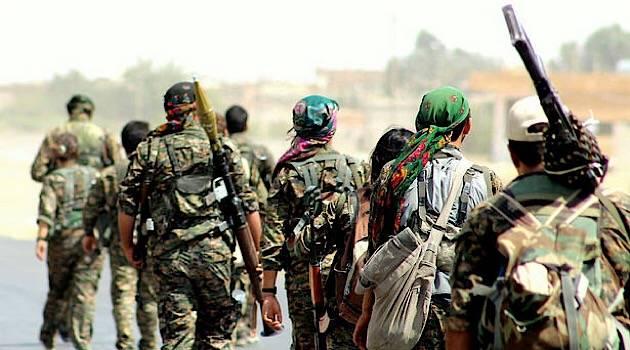 Курды голыми руками пошли на штурм военной базы России в Сирии