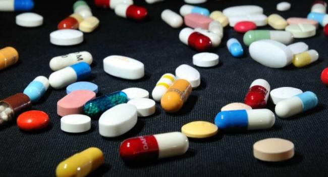 Специалисты назвали продукты, не сочетаемые с антибиотиками