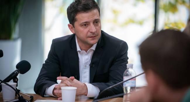 Блогер: Зеленский практически ничем уже не управляет, вертикали, кроме МВД, парализованы и просто создают видимость управления