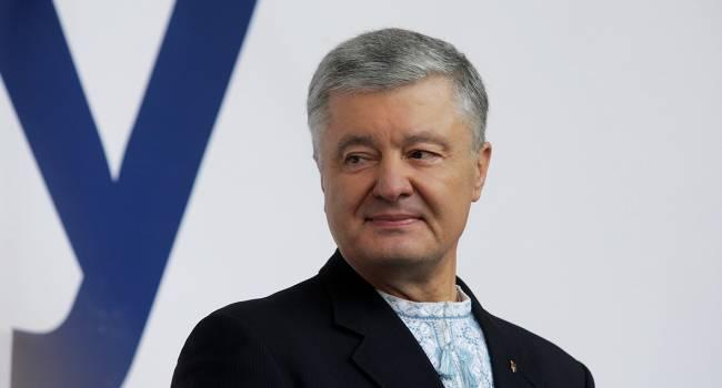 Особенно смешно наблюдать, как к предпринимателям пытается примазаться Порошенко, проводившего в их отношении такую же политику - Романенко