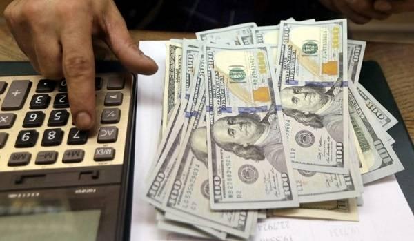 Доллар США значительно подешевел после роста в течение двух недель