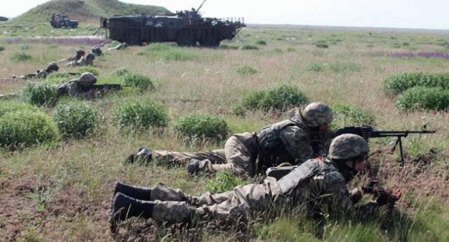 ВСУ отобрали у бежавших с поля боя россиян технику, вооружение, именные бронежилеты – военный эксперт