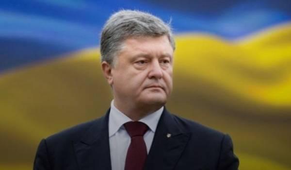 «Армия перестала быть приоритетом для действующей власти»: Порошенко рассказал о главном страхе Зеленского