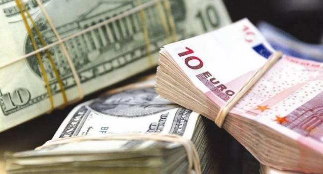 «Мы всё время будем топтаться в долговом болоте»: известный экономист заявил, что Украина никогда не выйдет из кризиса