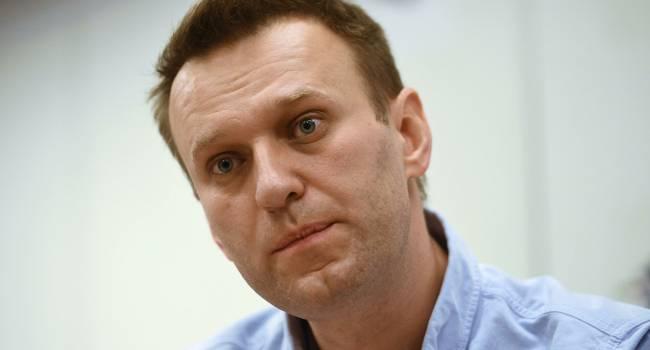 «Если бы чуть дольше летел, например, а не посадили его там резко как-то, могло бы все пойти и по-другому»: химик, который отравил Навального, в разговоре с ним, сознался в преступлении