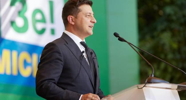 Политолог: поддержка Зеленского и «Слуги народа» падает намного быстрее, чем это было с другими президентами