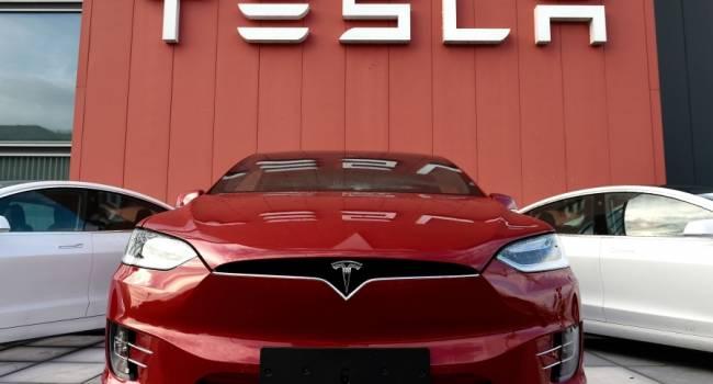 Тесловоды подготовили серию видео с отзывами про самый популярный электромобиль