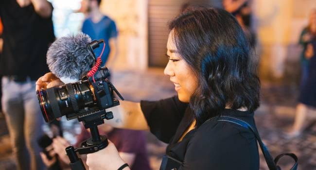 Как создать свой видео блог и зарабатывать на этом деньги