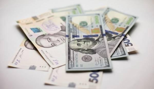 В 2020-м году курс доллара в Украине подорожал почти на 20%