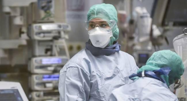ВОЗ одобрила первую вакцину от коронавируса для экстренного использования