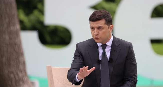Политолог: украинцам предлагают прекрасный выбор из двух невероятных вариантов