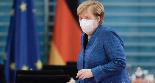 «Остановка общественного транспорта и не только»: Меркель заговорила о «мега-локдауне» в Германии