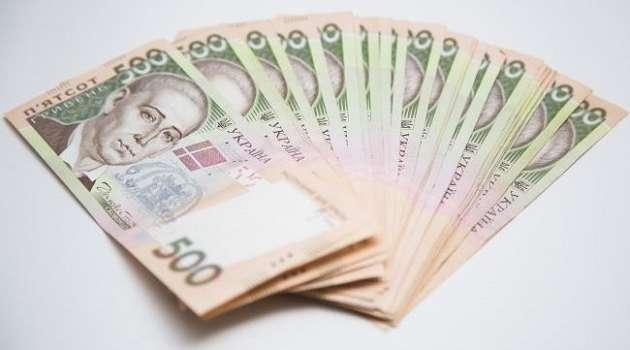 Из госбюджета выделены дополнительные средства на выплату 8 тысяч гривен ФОПам