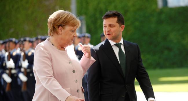 Журналист: для Зеленского Меркель не многолетний канцлер ФРГ, а директор советской аптеки, где под прилавком припрятаны дефицитные лекарства