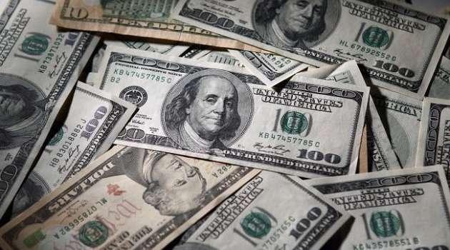 Доллар США продолжает расти на межбанке