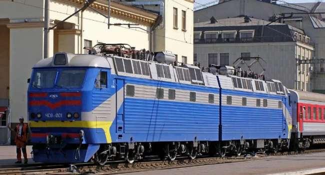 «Укрзализныця» планирует отправлять поезда на границу с Крымом