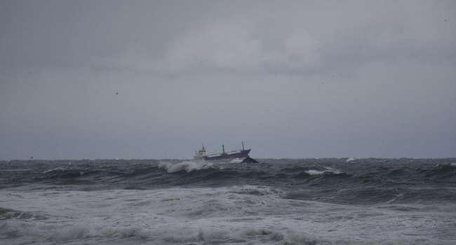 «5 украинцев спасены»: Посольство Украины в Турции озвучило имена спасенных из затонувшего корабля моряков