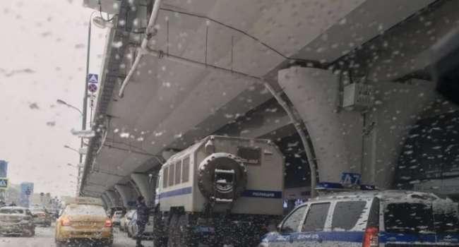 «До 10 лет тюрьмы!»: В аэропорту «Шереметьево» полиция задержала Алексея Навального