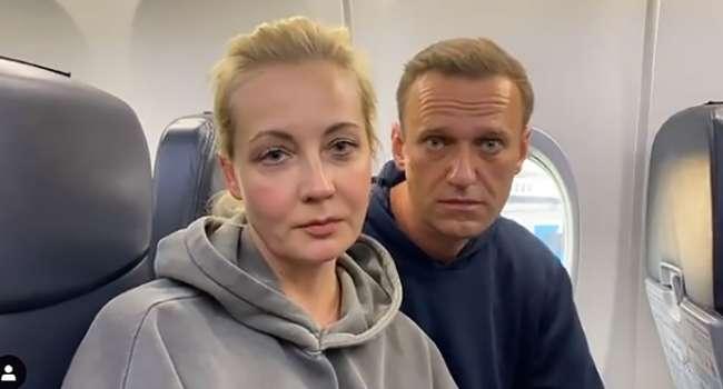 Алексей Навальный опубликовал первое видео после задержания: ему устроили выездной суд в отделе полиции