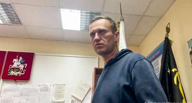 «Чего боится эта жаба, сидящая на трубе? Чего боятся эти бункерные воры?» Навальный после суда обратился к россиянам, призвав их выходить на митинги