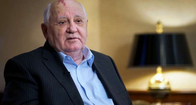Историк: Горбачев благословил захвата Крыма и войну на Донбассе