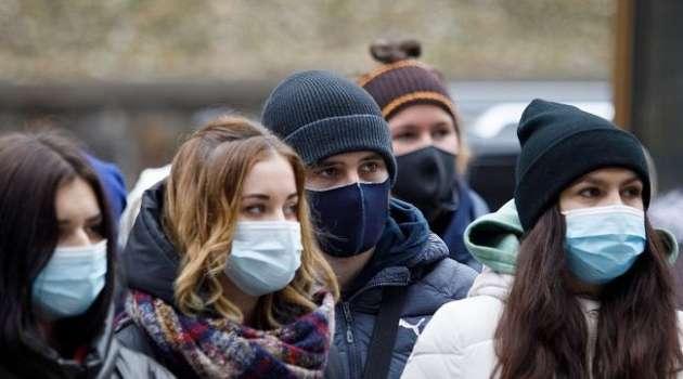 Украинцы все меньше боятся заразиться коронавирусом – соцопрос