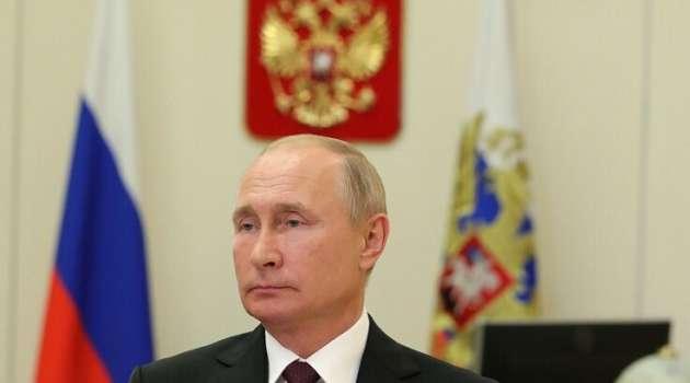 «Система загнана в угол»: оппозиционер предрек скорый крах путинского режима
