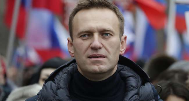 Блогер: эту фразу о войне в Украине на дебатах с Гиркиным Навальному простить нельзя