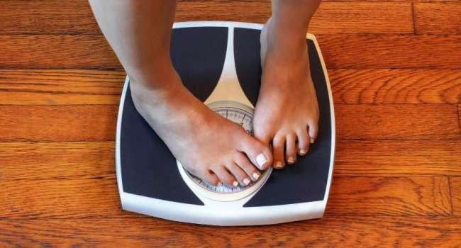 «Иногда мы толстеем и на 14 кг»: диетолог объяснил стремительный набор веса в зимние месяцы