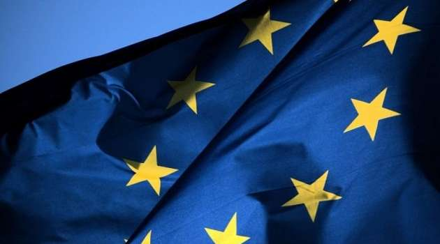 Евросоюз пообещал Зеленскому как можно быстрее получить COVID-19