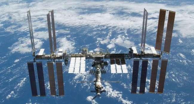 На МКС космонавты обнаружили ещё одну трещину