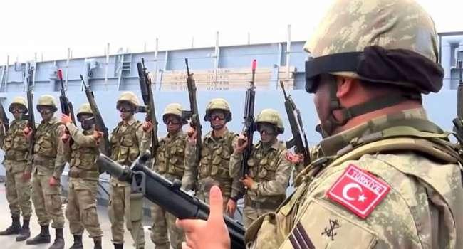 Сепаратисты сообщают, что на линии соприкосновения на Донбассе появились офицеры ВС Турции