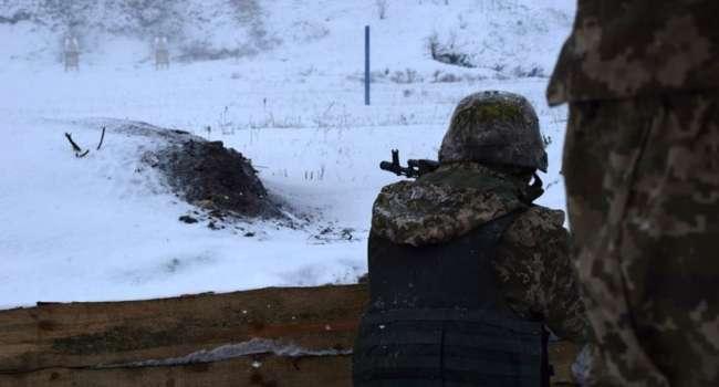 Обострение на Донбассе: Наемники РФ восемь раз шли в атаку на позиции ВСУ