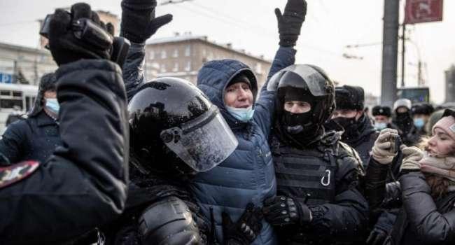 Доник: нам не радоваться за «хороводы» русских нужно, а думать, как отбиваться от одичалых и как отстраивать свою страну