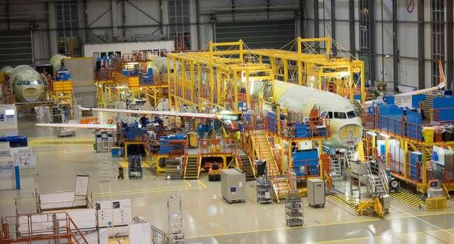 «500 человек отправили на карантин»: В Германии на заводе по производству Airbus вспышка коронавируса