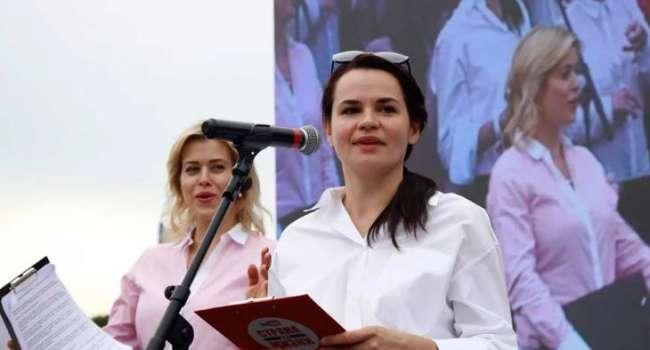 «Страна лишилась права провести чемпионаты и потеряла миллионы долларов»: Азаров рассказал, чему радуется Тихановская