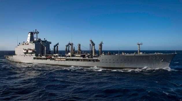 Танкер американских ВМСС зашел в акваторию Черного моря