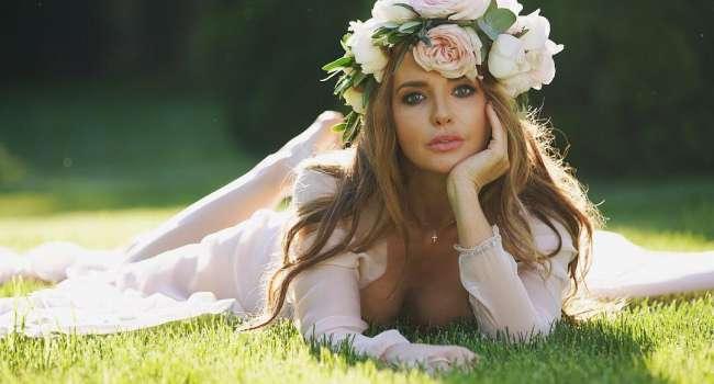 «Спасибо Вам, Оксаночка, за Вашу красивую душу»: Марченко сняла на видео, как она в церкви делала просфоры