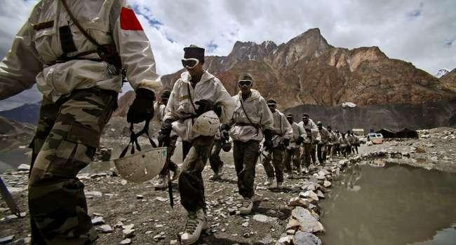 Вторжение Китая в Индию: В Нью-Дели забили тревогу, произошло жесткое столкновение