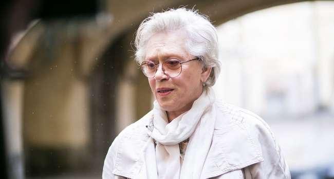Идёт на поправку: спустя месяц Алису Фрейндлих перевели из палаты интенсивной терапии в лечебное отделение