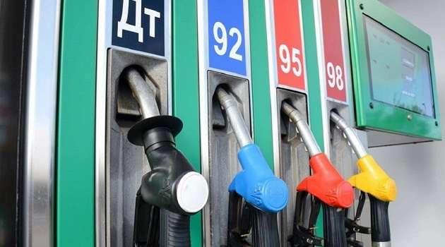 Эксперт предупредил о дальнейшем росте цен на бензин в Украине