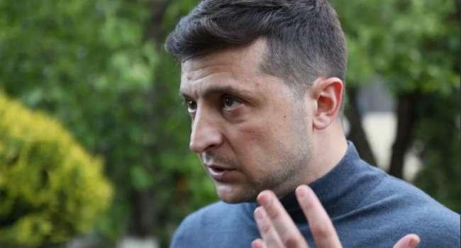 «Вышел на электоральное поле Порошенко»: Царёв назвал причину рекордного падения рейтинга Зеленского