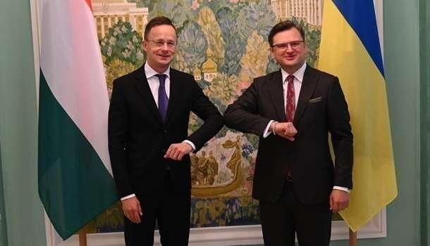 Сийярто пообещал Украине 50 миллионов евро на ремонт дорог Закарпатья