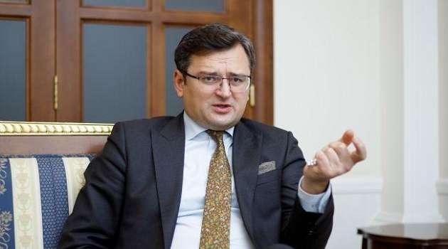 «Она уже давно сломана, а новую не принесли»: Кулеба высказался о решении ПАСЕ по России
