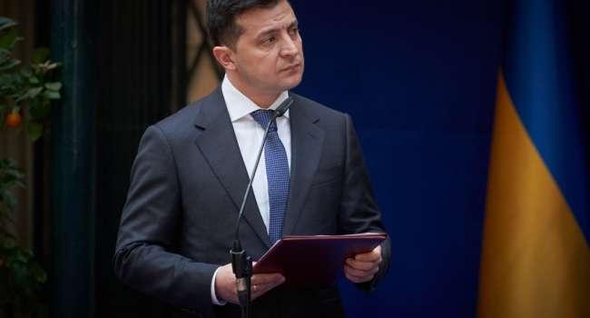 Политолог: у Зеленского уже не хватает «слуг». Точнее слуги других господ отказываются голосовать за указаниями президента