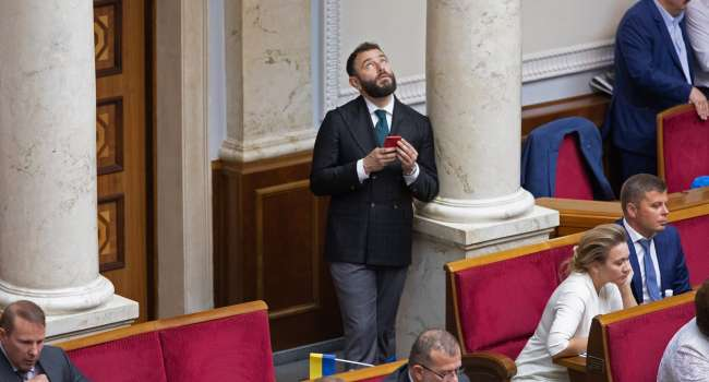 Журналист: вылетит Дубинский из «Слуги народа» или нет, теперь зависит всего от одного момента