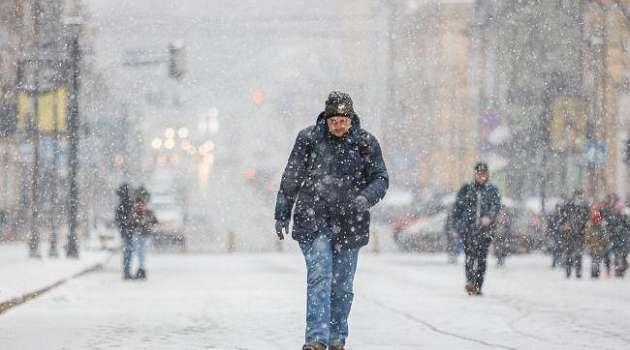 Сильные метели и ветер: в Украине завтра резко ухудшится погода