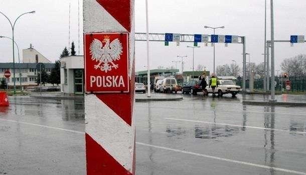 Въезд в Польшу отныне будет осуществляться по новым правилам: что известно