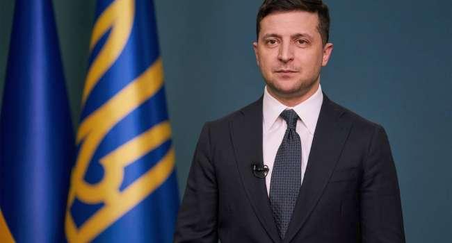 Политолог: больше всего шокировала пассивность украинской власти, которая требует активности от властей других стран, в том числе США