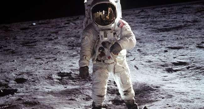 «Колонизация Луны уже началась»: Ученые озвучили план по освоению Луны